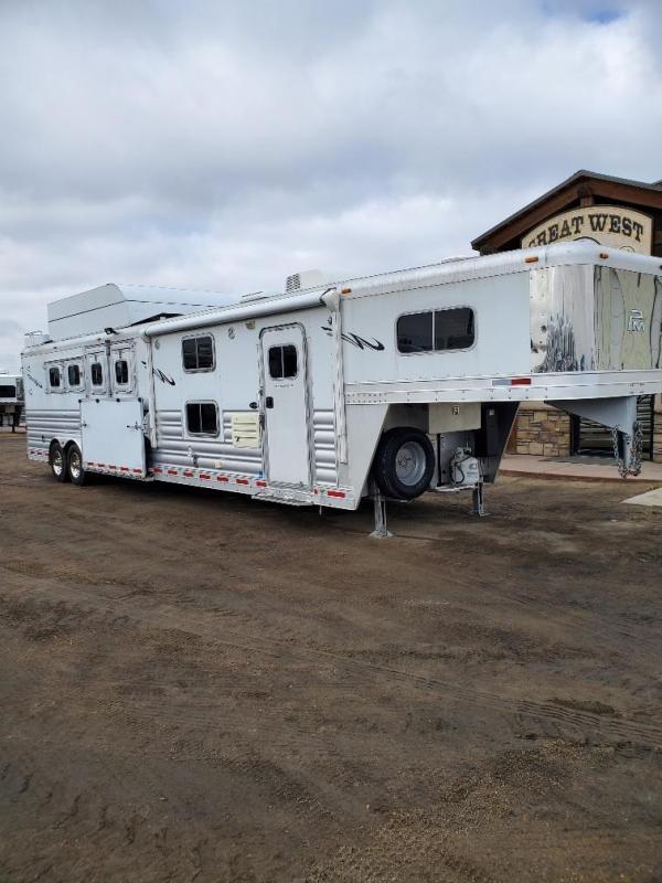 "2016 Platinum Coach 14'9"" Short Wall Reverse load 4 Horse Trailer"