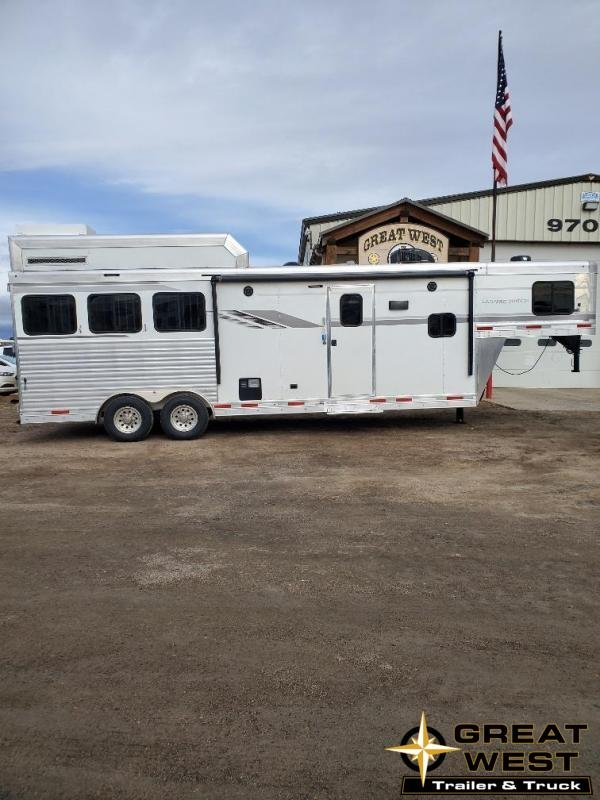 2020 SMC  Laramie 10' Short wall 3 Horse Trailer