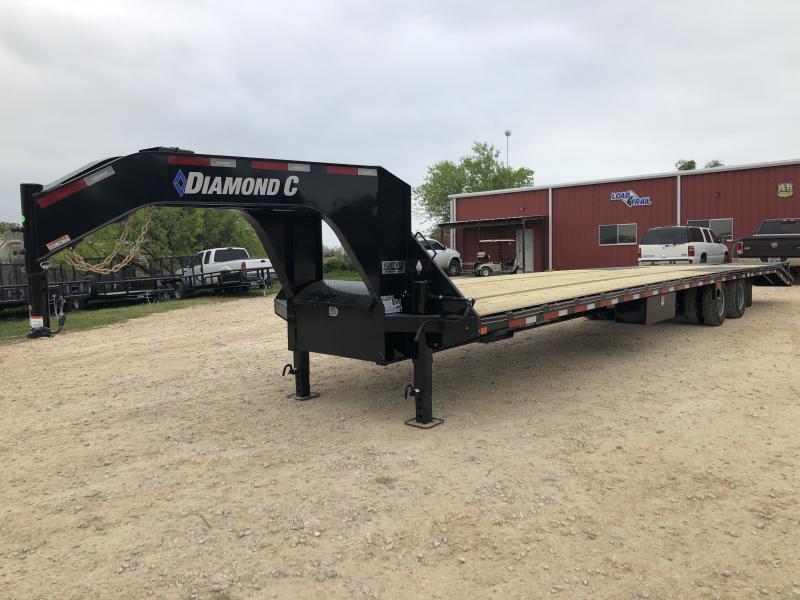 2019 Diamond C Trailers 40' AIR RIDE MAX RAMPS GOOSENECK