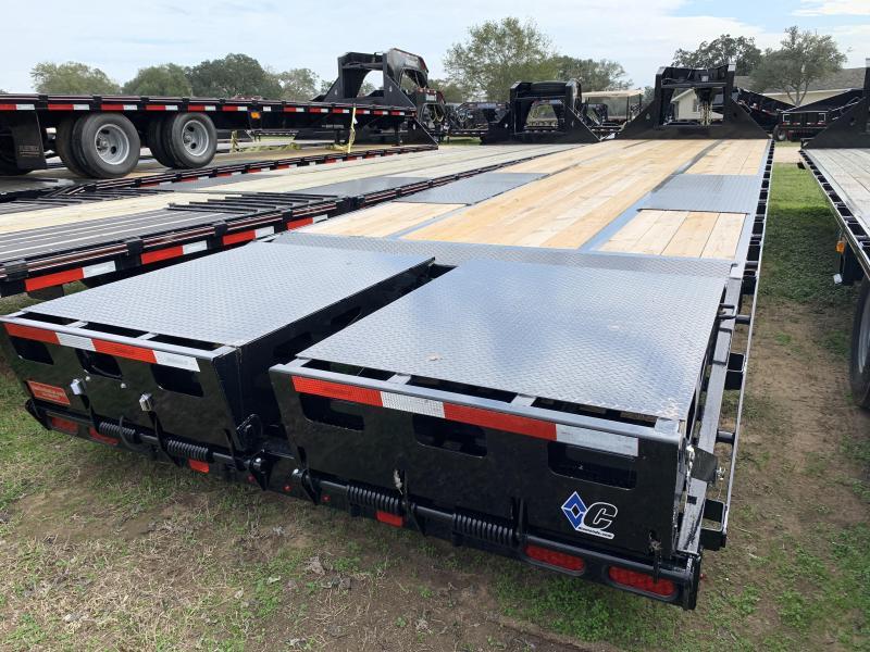 2020 Diamond C Trailers 35' FLATBED MAX RAMPS 25.9K