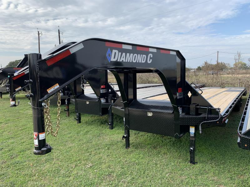 2020 Diamond C Trailers 35' FLATBED MAX RAMPS 25.9K