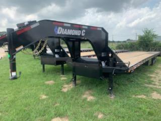 2020 Diamond C Trailers 40' GOOSENECK AIR RIDE MAX RAMPS