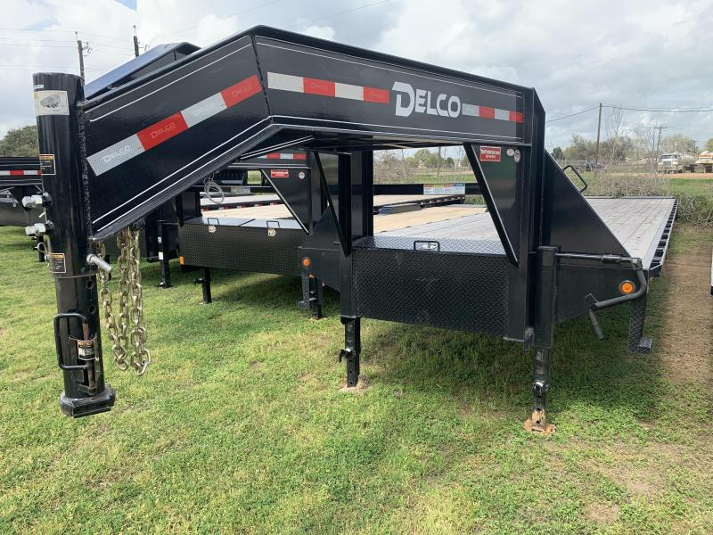2018 Delco Trailers 40' FLATBED MAX RAMPS GOOSENECK