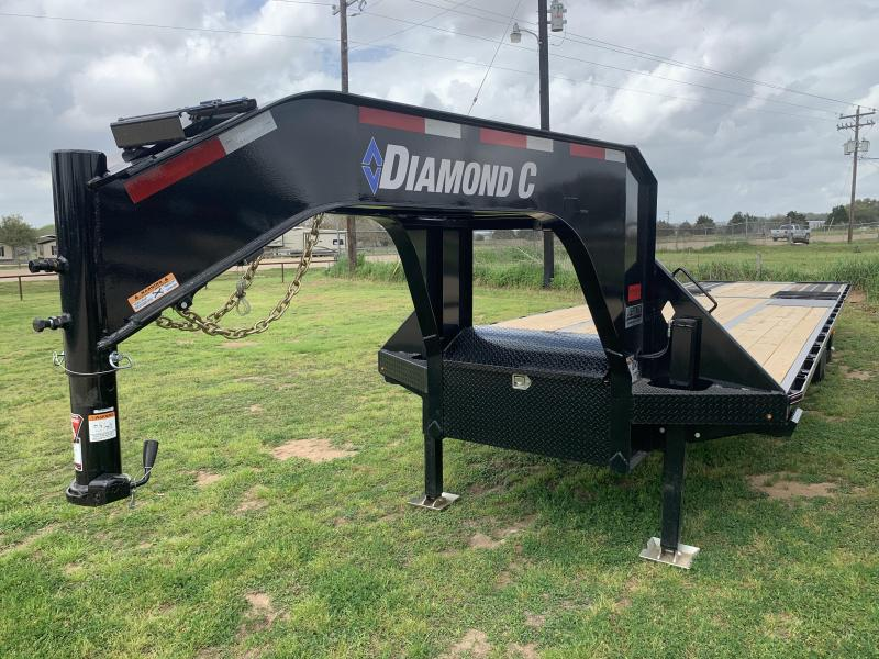 2020 Diamond C Trailers 32' FLATBED HYDRO TAIL & HYDRO JACKS