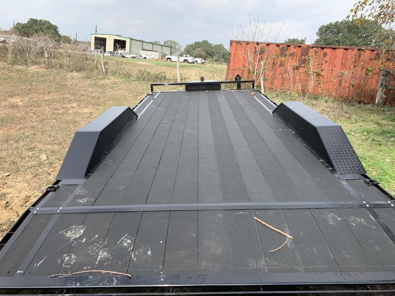 2020 Load Trail 102X20 CARHAULER RUBBER FLOOR