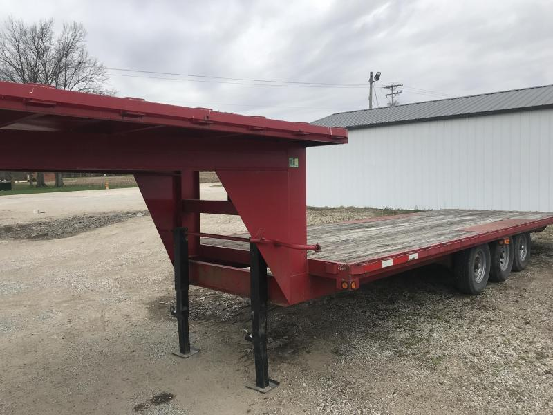 1995 Wesco GOOSNECK Flatbed Trailer