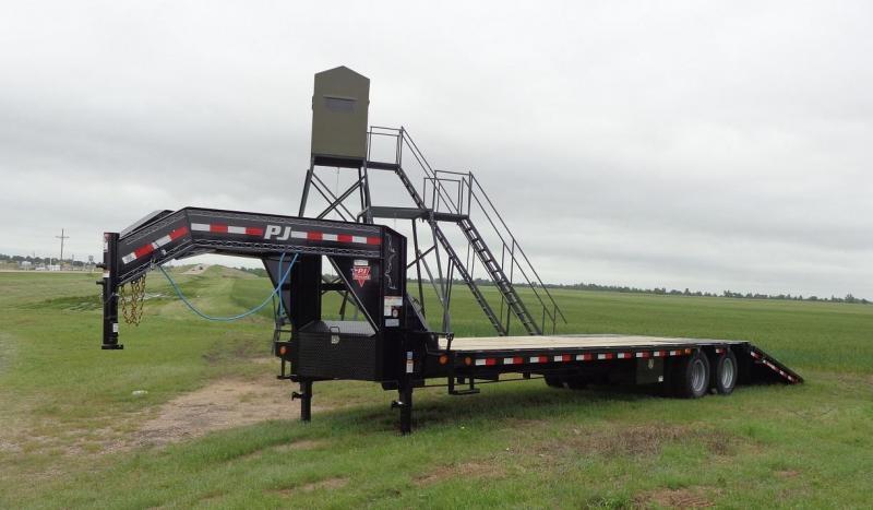 "2020 PJ 102"" x 34' Low-Pro Hydraulic Dovetail Flatbed Trailer"