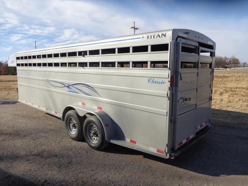 Used 2019 Titan Trailers Classic Livestock Trailer