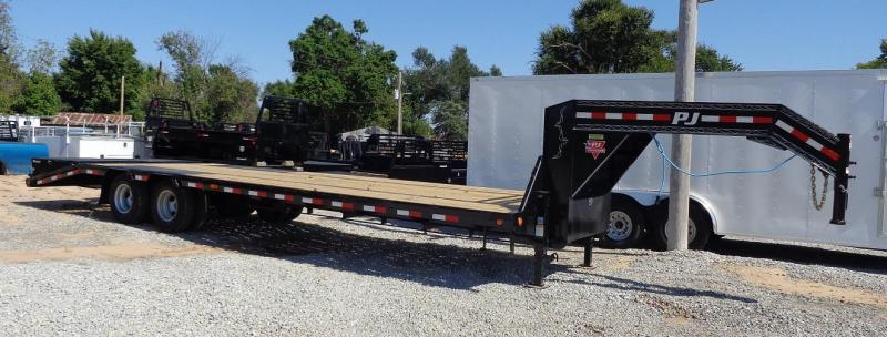 "2020 PJ Trailers 102"" x 32' Low-Profile Flatdeck with Duals"