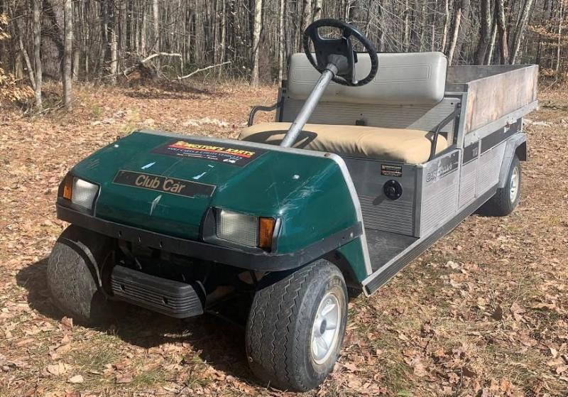 2003 Club Car Carryall/Turf 6 Gas Utility Flatbed with SIDES