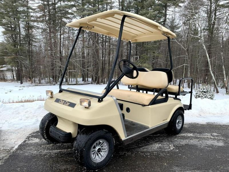 2006 Club Car DS GAS 4 Passenger Golf Car w/FOLD DOWN SEAT/LED LIGHTS