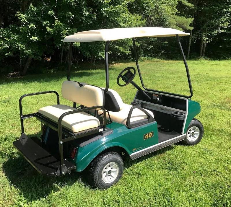 2007 Club Car DS GAS 4 Passenger Golf Car w/FOLD DOWN SEAT/LED LIGHTS