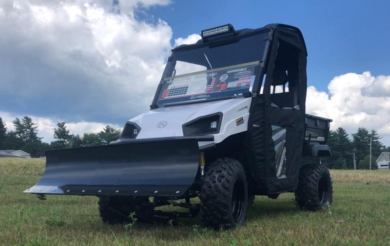 $2000 OFF American LandMaster 677 4WD UTV PLOW-DOORS-PWR STEER-WHITE