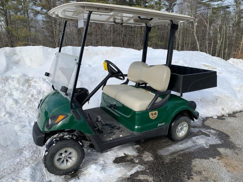 2014 Yamaha GAS golf cart w/UTILITY BOX