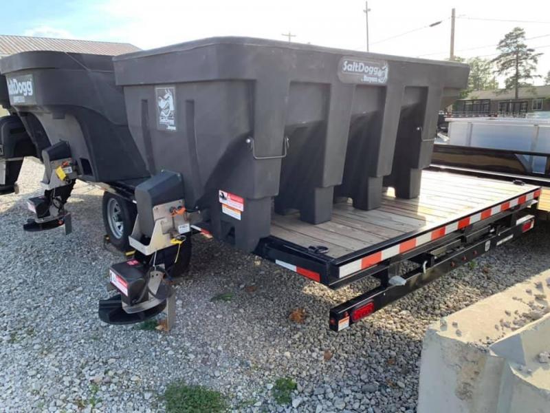 2019 SaltDogg SHPE1500 Salt Spreader