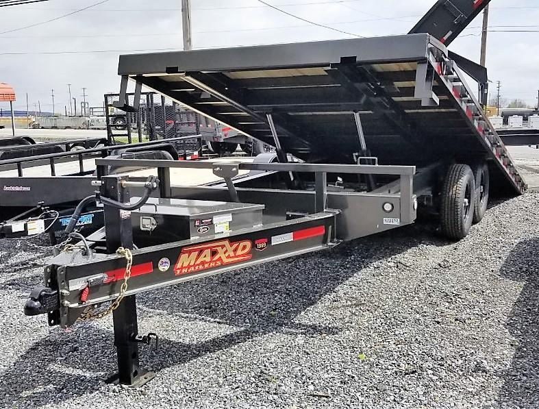 2020 MAXXD 22 X 102 POWER TILT Equipment Trailer