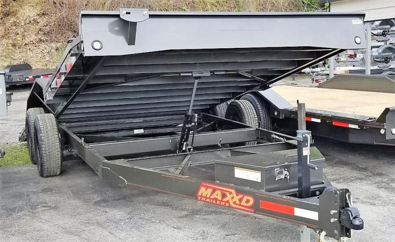 "2020 MAXXD 20'X102"" 10K POWER TILT Car / Racing Trailer"