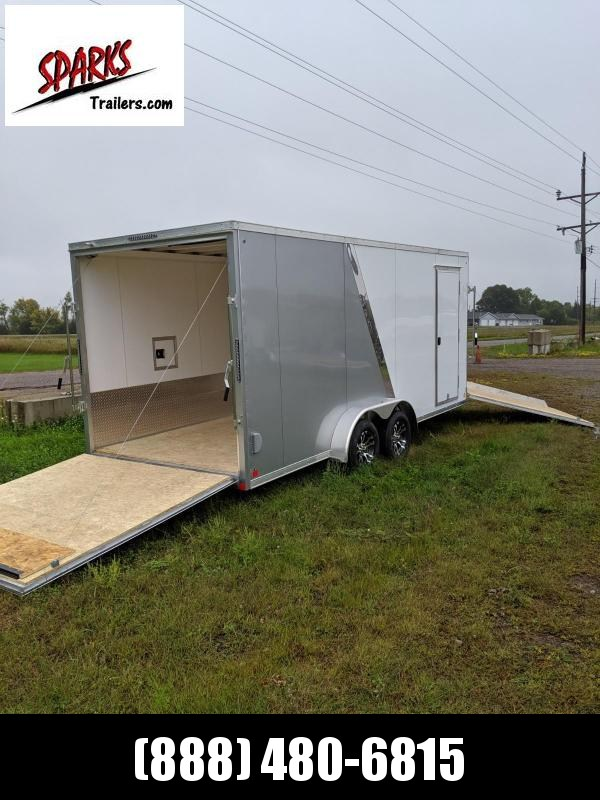Sparks 7'X23' Aluminum Snow!! Clean and dry rides!!