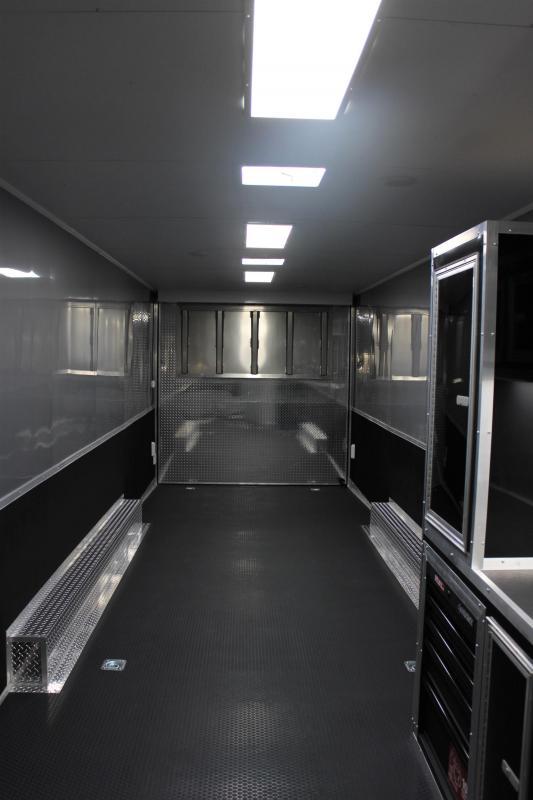 <b>SUPER NICE</b> 2020 34' Millennium Platinum w/Full Bathroom