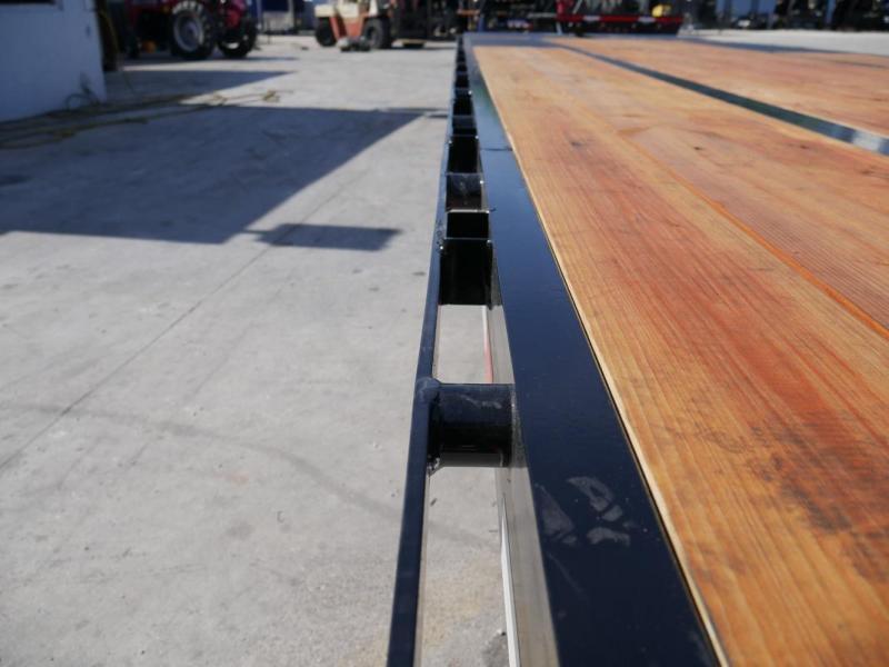 *108176* 8.5x30 Gooseneck Flatbed Deck Over Trailer w/Mega Ramps 8.5 x 30
