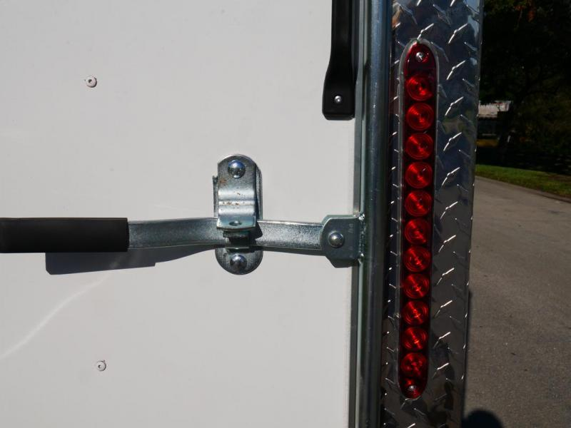 *E10-BB* 8.5x16 ENCLOSED CARGO TRAILER  LR Car Hauler Trailers 8.5 x 16   EV8.5-16T3-R