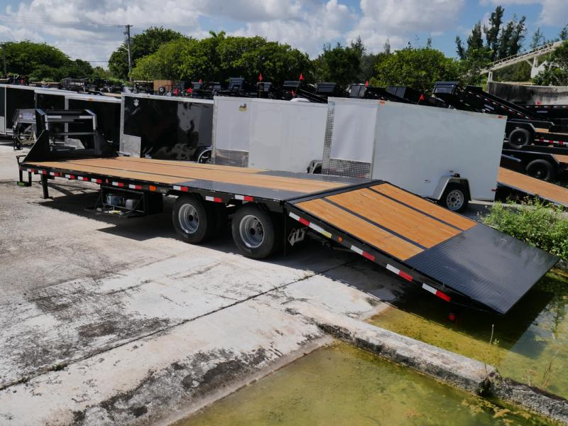 *107682* 8.5x32 Load Trail Gooseneck Flatbed Trailer W/Hydraulic Dove Tail 8.5 x 32