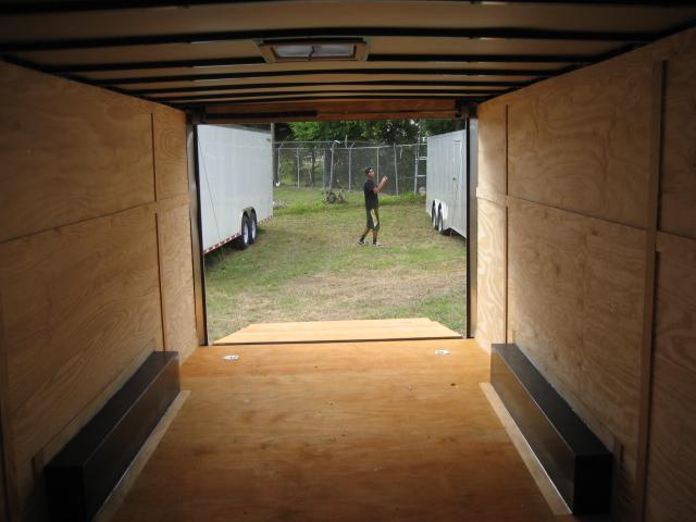 *E11* 8.5x20 Enclosed Car Hauler Cargo Trailer Trailers 8.5 x 20 | EV8.5-20T3-R