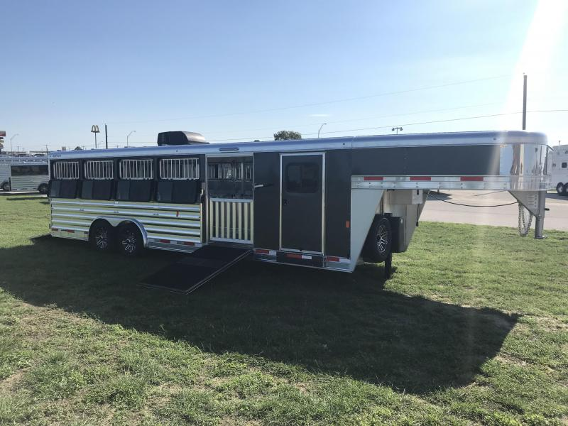 2019 Exiss Trailers Exhibitor 8026W Livestock Trailer