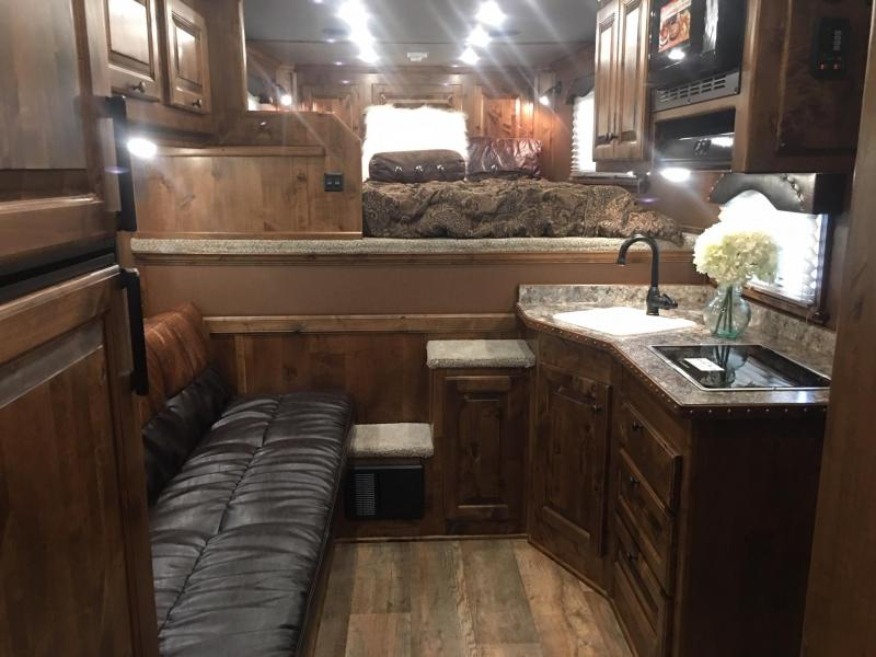 2020 Platinum Coach 4 Horse Side Load 10.6 Short Wall Flip Down Bunk Horse Trailer