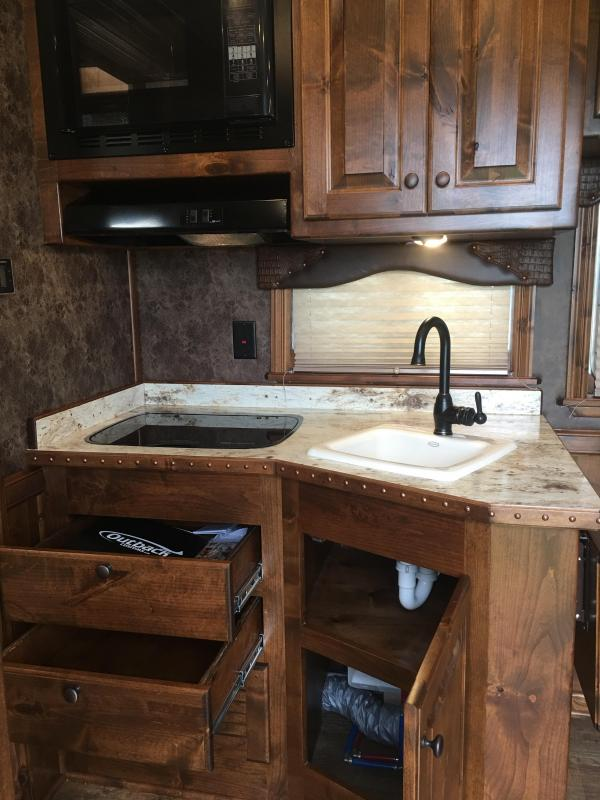 2020 Platinum Coach 3 Horse with a 10 ft Short Wall Horse Trailer
