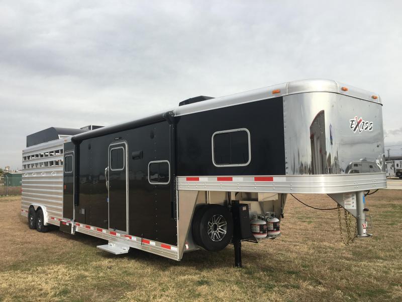 2020 Exiss Trailers STC 8032 LQ Livestock Trailer