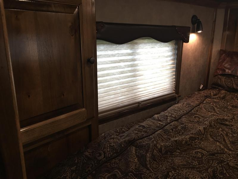 2019 Platinum Coach 3 Horse 13.4 Short Wall with Slide Horse Trailer