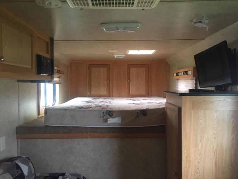 2006 Kiefer Manufacturing 3 Horse with a 8 ft Short Wall Horse Trailer