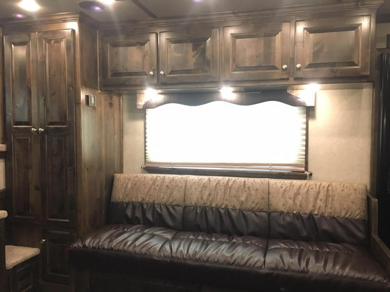 2020 Platinum Coach 4 Horse with a 17.2 ft Short Wall with a slide Horse Trailer