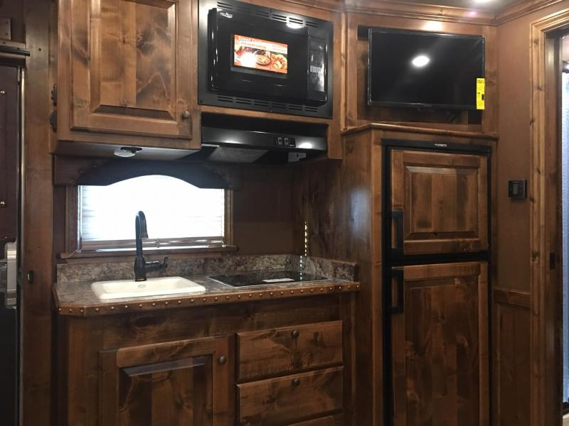 2020 Platinum Coach 4 Horse Side Load with a 13.8 ft SW and Slide Horse Trailer