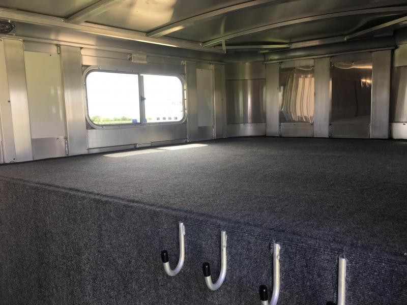 2019 Platinum Coach 24 ft Sport Combo with 4 ft Wide Tack Room Door Livestock Trailer