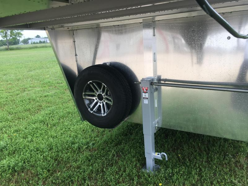 2019 Exiss Trailers 7400 4 Horse Trailer