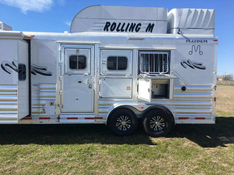 2020 Platinum Coach 3 horse 11ft short wall with slide out Horse Trailer