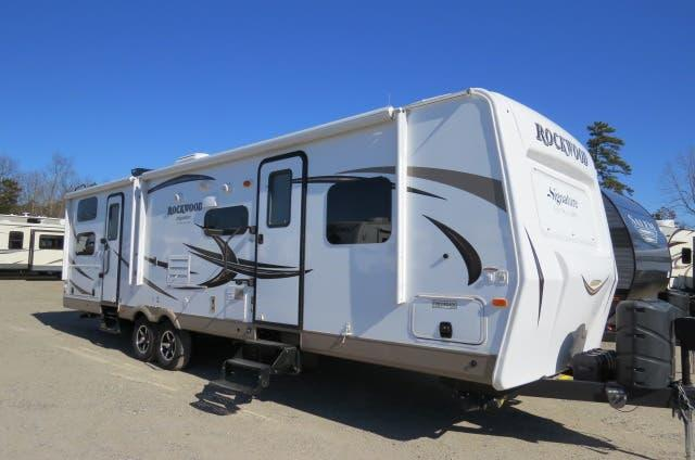 2016 Forest River Rockwood Signature Ultra Lite 8311WS