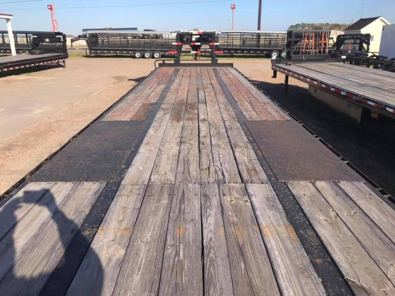 2014 Texas Pride Trailers 37' Flatbed GN 25k Flatbed Trailer