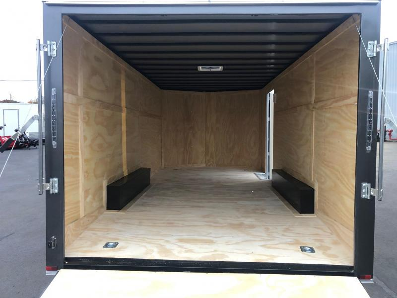 SPARTAN CARGO 2020 8.5 X 18 TANDEM AXLE CHARCOAL SEMI SCREWLESS ENCLOSED TRAILER