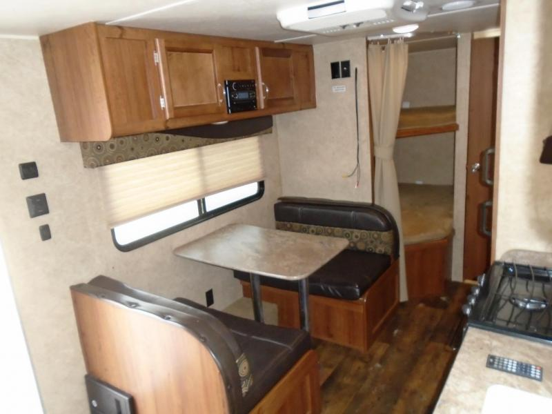 2017 Gulfstream AMERILITE 248BH Travel Trailer