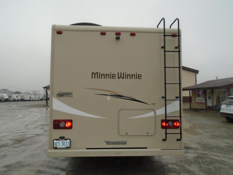 2017 Winnebago Minnie WINNIE MINNIE 22R Class C RV