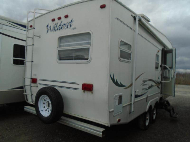 2002 Forest River Wildcat WILDCAT 27RK Fifth Wheel Campers RV