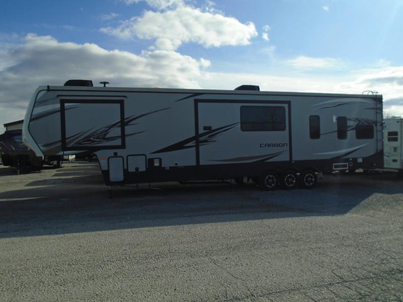 2018 Keystone RV CARBON 403   5th / Toy Hauler