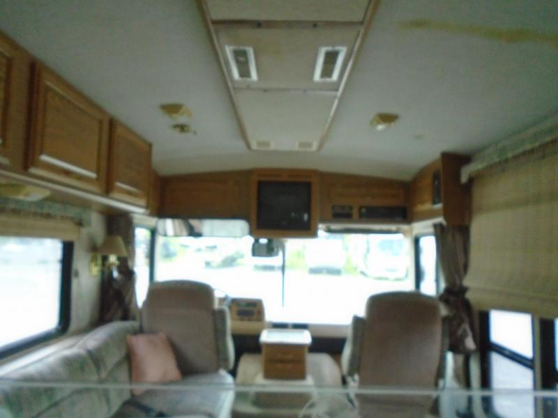 1996 Fleetwood Bounder 38Z - GAS