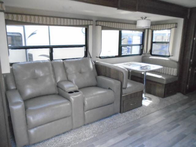 2018 Keystone RV AEROLITE 2933RL Travel Trailer