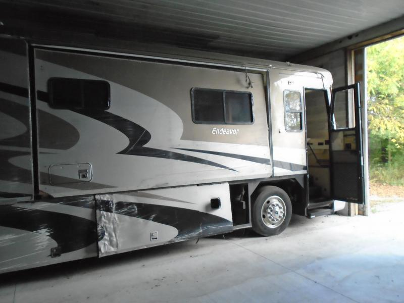 2004 Holiday Rambler  WRECKED 38PST Class A RV