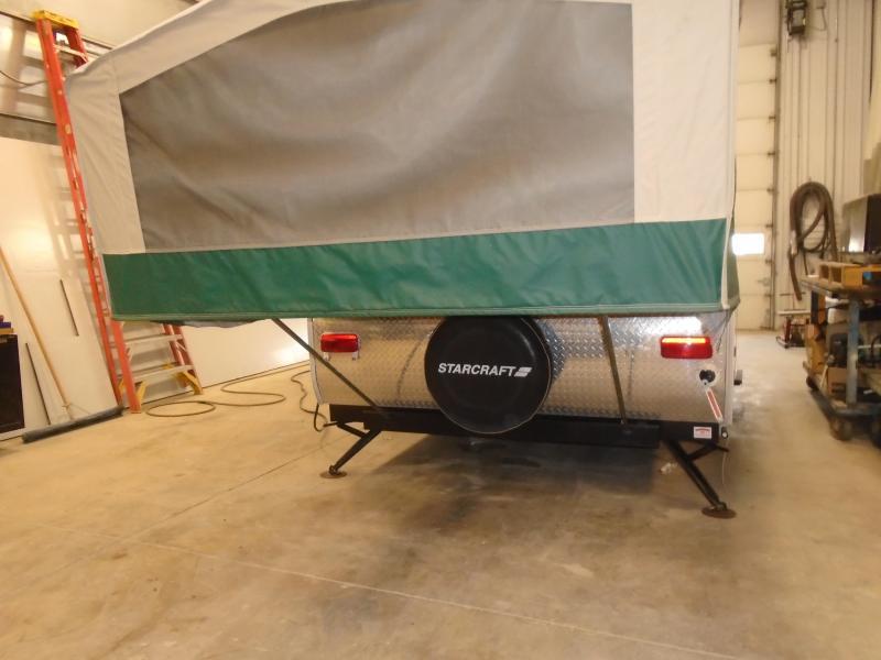 2011 Starcraft M-1224 Popup Camper With A/C