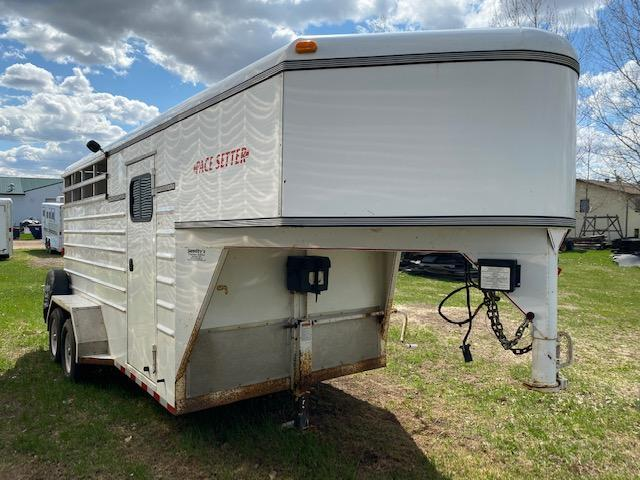 1995 Pacesetter 3H Horse Trailer